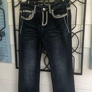 LA idol jeans size 9. Dark wash boot cut